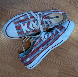 Converse All Star Woman's LoTop Sneakers Size 10